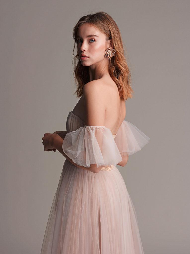 Sia שמלה