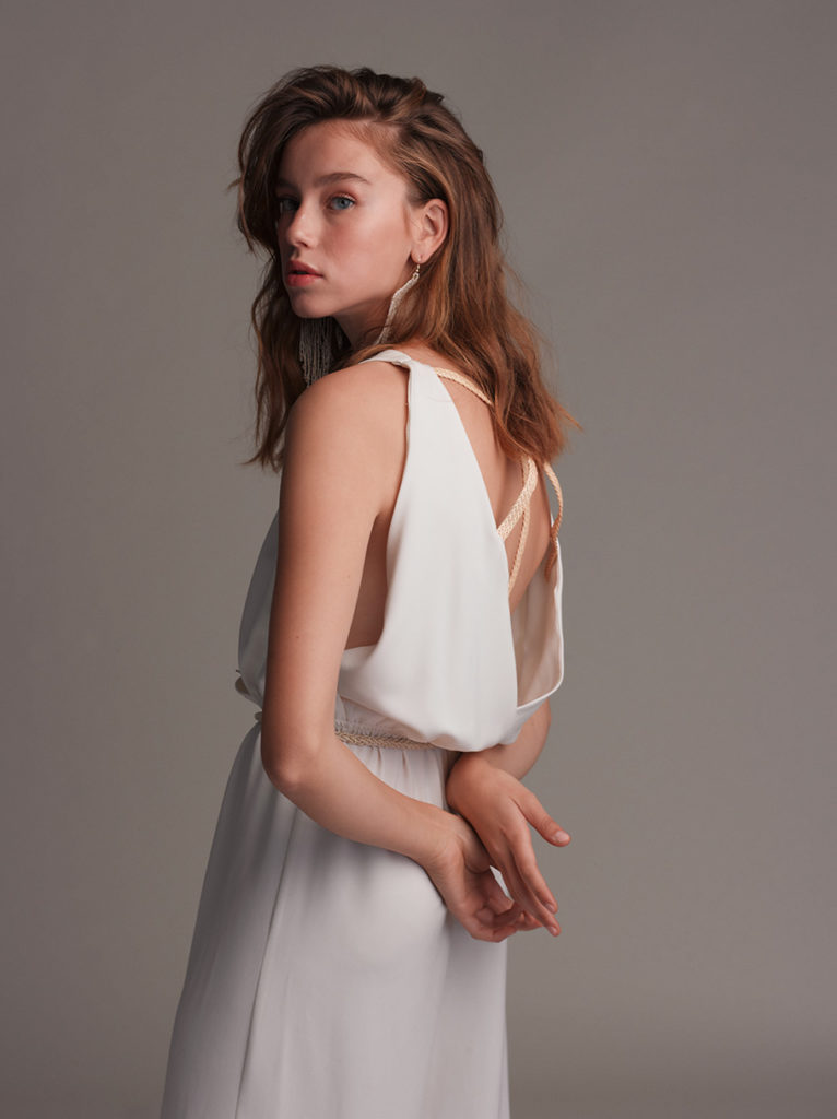 lora שמלת כלה